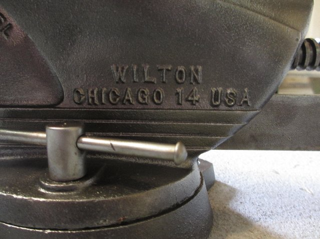 Vintage wilton shop king swivel bench vise pipe clamps ebay